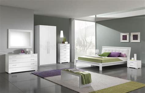 White Modern Bedroom Furniture White Finish Modern Bedroom