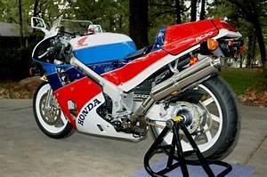 Honda Rc 30 : another clean honda vfr750r rc30 for sale rare sportbikes for sale ~ Melissatoandfro.com Idées de Décoration
