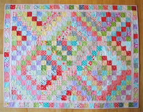 trip around the world quilt pattern clover violet scrappy trip around the world quilt finish