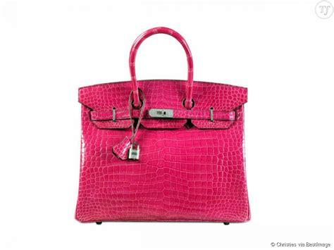 le canapé le plus cher du monde le sac le plus cher du monde est un birkin en crocodile