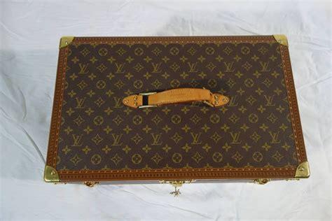 louis vuitton picnic trunk monogram malle pique nique monogramme  sale  stdibs