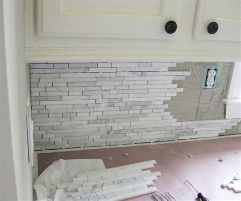 how to install a kitchen backsplash kitchen backsplash how to install homestartx com