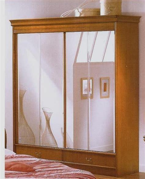 armoire chambre bois armoire chambre bois fonce design de maison