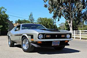 He Bought His 1971 Mustang Mach 1 New as a Teenager, Sold it to his Uncle, and Bought it Back 28 ...