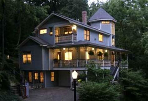 20357 eureka springs bed and breakfast arsenic and lace bed breakfast inn eureka springs
