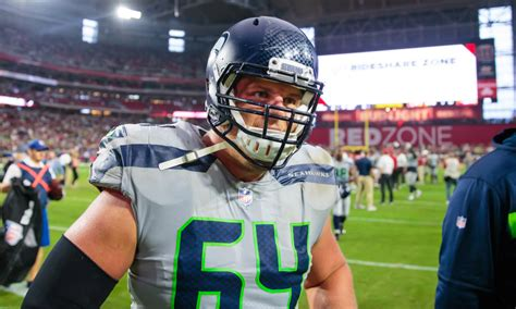 seahawks jr sweezy questionable  dallas  game