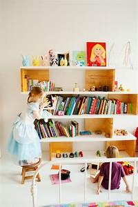 Etagere Chambre Enfant : 100 id es comment d corer la chambre des enfants ~ Teatrodelosmanantiales.com Idées de Décoration