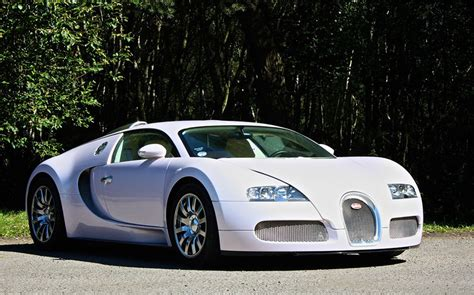 One Pink Bugatti Veyron On Sale For £895,000