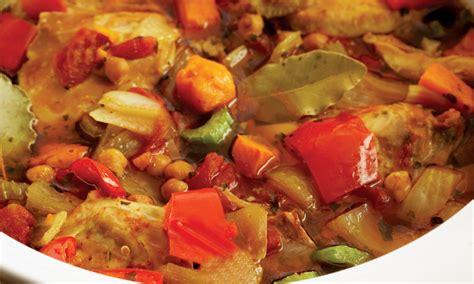 cuisine gitane ragoût de poulet à la gitane cuit dans une mijoteuse