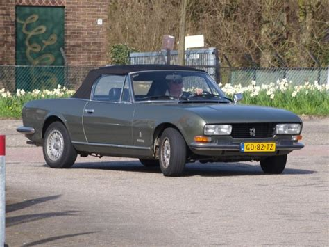 classic and vintage cars peugeot 504 cabriolet