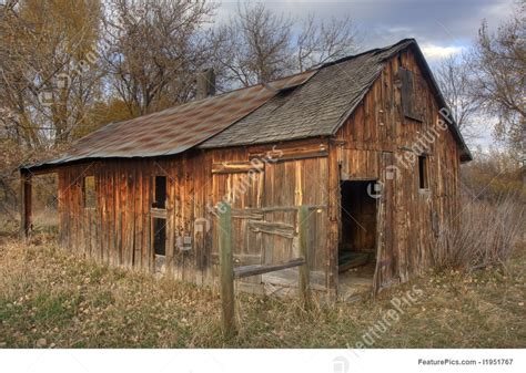 rural landscapes  farm building  late fall scenery