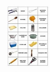 English worksheets: Kitchen utensils domino 1