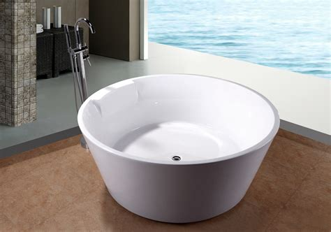 Big Soaker Tub by 5 Soaking Soaker Bath Tub Bathtub W Floor Faucet