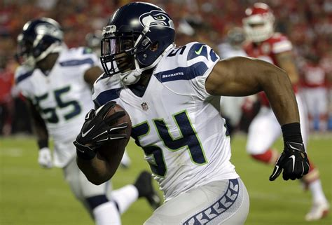 bobby wagner pick  puts seahawks  front  seattle