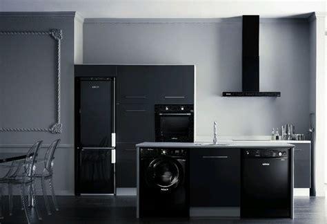 el uso de los electrodomesticos en la cocina moderna