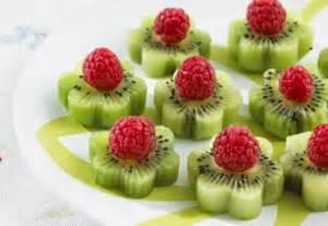 edible flower garnish arreglos frutales ideas divertidas para fiestas infantiles