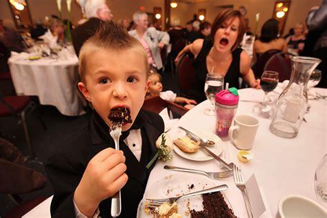choose  cake filling   wedding cake