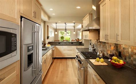 25 Minimalist Shaker Kitchen Cabinet Designs   Home Design
