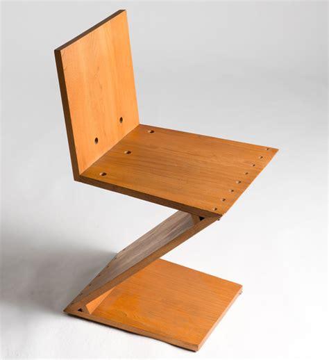 rietveld miniature zig zag chair 1934 by vitra design