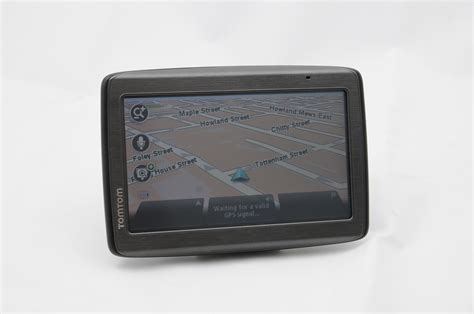 tomtom via 135 auto express