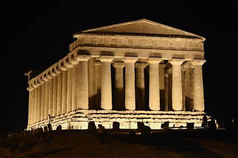 Disano Illuminazione Esterni Progetti Gt Esterni Gt Monumenti Disano Illuminazione Spa