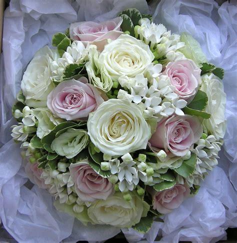 wedding flowers blog nikkis classic green white