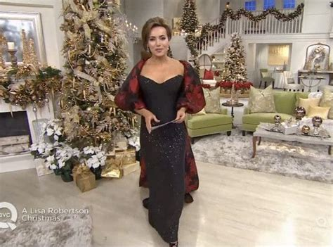 Lisa Robertson Says Goodbye To Qvc After 20 Years