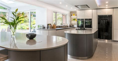 luxury kitchen designs uk luxury kitchens caesarstone 7304