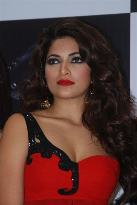High Quality Bollywood Celebrity Pictures Miss India