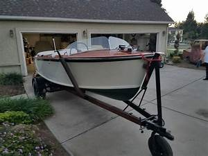 Chris Craft 1952 For Sale For  8 000
