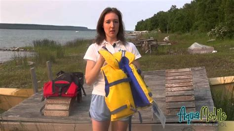 difference   life jacket  personal