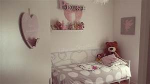 chambre fille beige et rose lzzy co taupe newsindoco With chambre fille rose et taupe