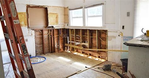 6 Home Remodeling Project Tips To Avoid Overspending
