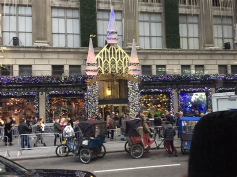 holiday lights and movie sites your guide to the holiday window displays nyc 2017 on