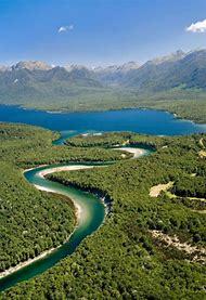 Lake Manapouri New Zealand