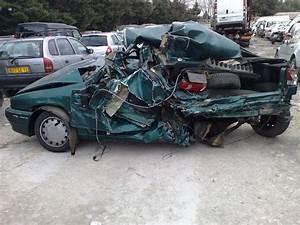 Voiture Accidenté : vos photos de voitures accident es auto titre ~ Gottalentnigeria.com Avis de Voitures