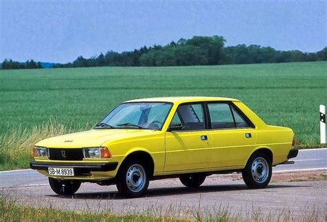 12 Best Small 4-door Family Car Peugeot 305 Images On