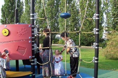 air de jeux pour enfants 224 l ext 233 rieur dans le parc picture of ibis styles nancy sud