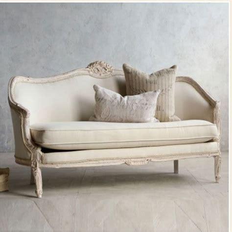 shabby chic sofa best 25 shabby chic sofa ideas on pinterest shabby chic couch shabby chic living room