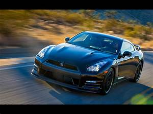 2014 Nissan GT R Track Edition Motion 2 1024x768