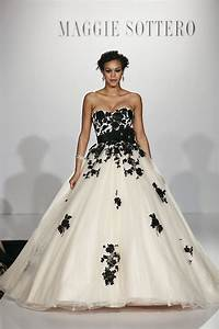 20 beautiful and bold black wedding dresses chic for Black white wedding dresses