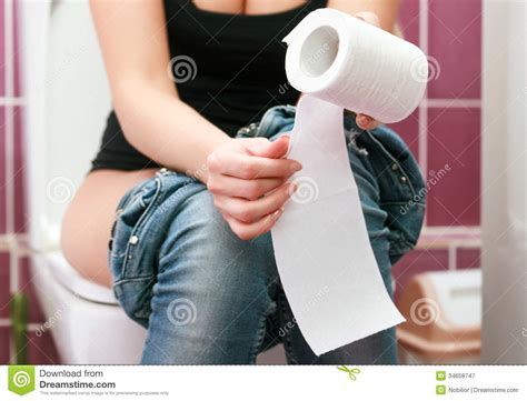 femme dans la toilette photographie stock libre de droits image 34658747
