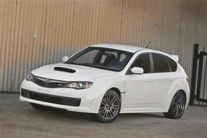 2010 Subaru Impreza WRX STI Special Edition ImagesPhoto