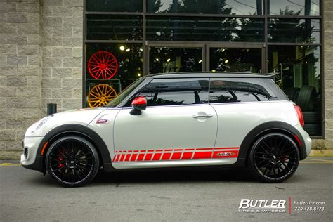 mini cooper jcw   savini bm wheels exclusively