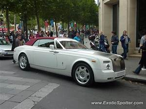 Rolls Royce France : rolls royce phantom spotted in paris france on 07 21 2012 ~ Gottalentnigeria.com Avis de Voitures