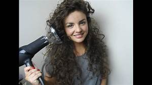 How To Diffuse Curly Hair! - YouTube