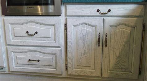 cuisine ceruse blanc renovation meuble en chene 1 davaus cuisine chene