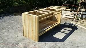 Fabriquer Un Bar : fabrication bar en bois de palette youtube ~ Carolinahurricanesstore.com Idées de Décoration