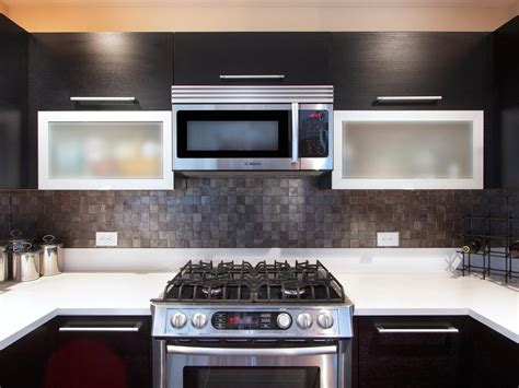 kitchen glass backsplashes tile backsplash ideas pictures tips from hgtv kitchen 1764