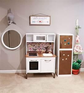 Ikea Duktig Rückwand : ikea hack building your child 39 s dream duktig play kitchen saving amy ~ Frokenaadalensverden.com Haus und Dekorationen
